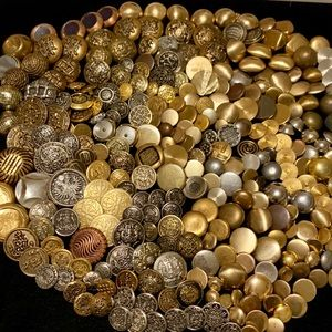 Hundreds of metal buttons vintage to now crafts